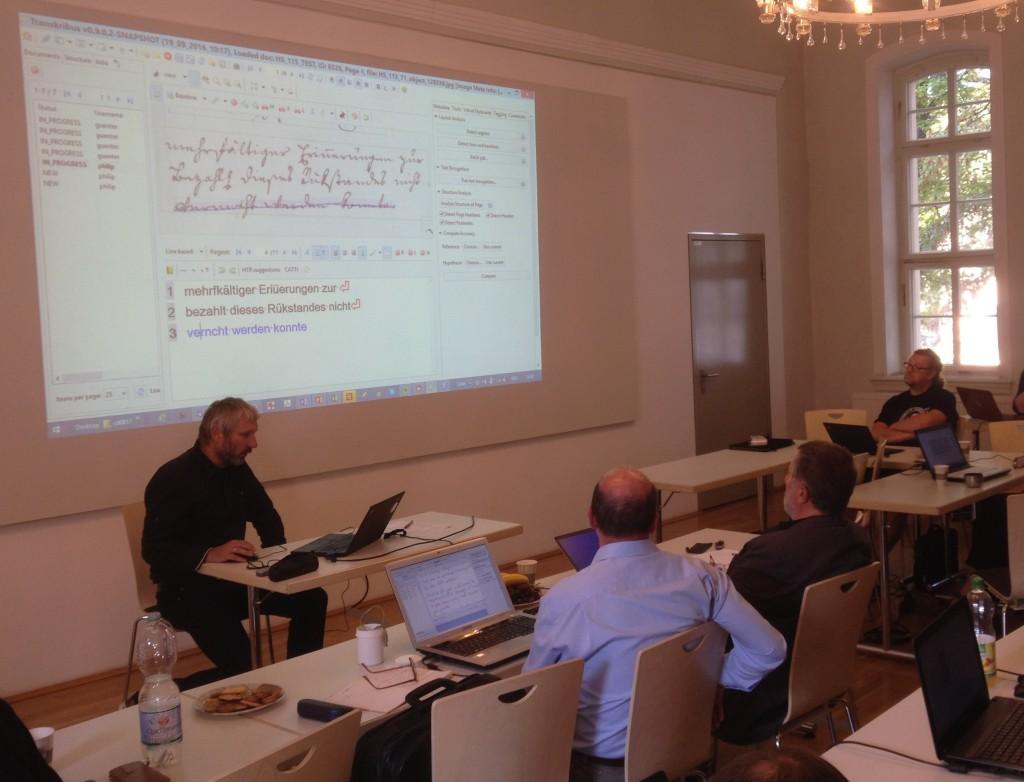Günter Mühlberger demonstrates the power of Transkribus (Image by Eva Lang)